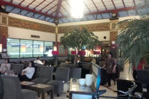 Pic Singosari lounge 300x200 B