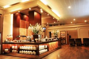 Pic lembayung lounge 300x200 a